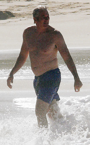 gal_beach_richardgere